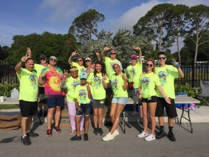 Hippie Dash volunteers